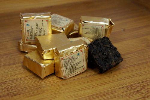 Купить настоящий китайский россыпной чай шу пуэр Печеный Оптом и в розницу с доставкой. Фото.