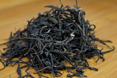 Купить настоящий китайский россыпной фиолетовый чай шу пуэр Зиджуан Оптом и в розницу с доставкой. Фото.